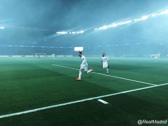 Real-Madrid-elimina-al-PSG-y-avanza-a-los-cuartos-de-la-Champions-3-580x435.jpg