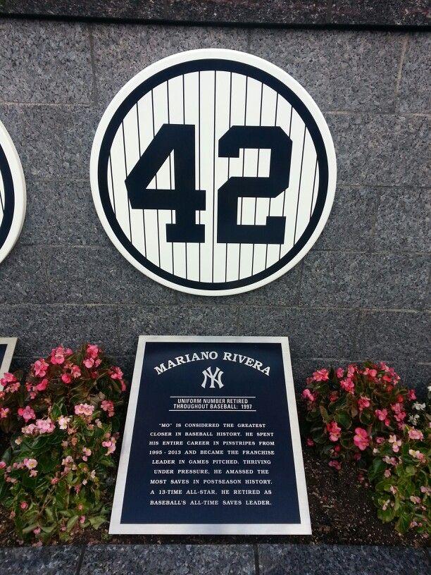Mo: La leyenda de los Yankees a travez de unos ojosrojos